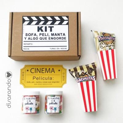 "Kit Cine ""Sofá, peli y manta"""