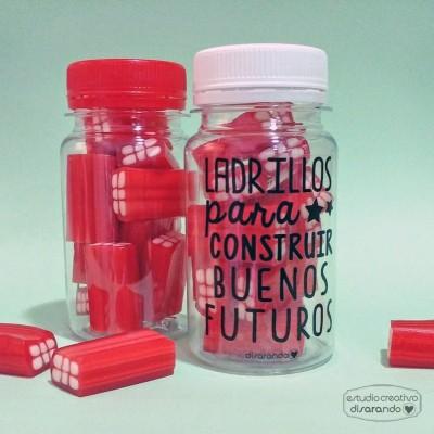 """Chuches """"Ladrillos para construir buenos futuros"""""""