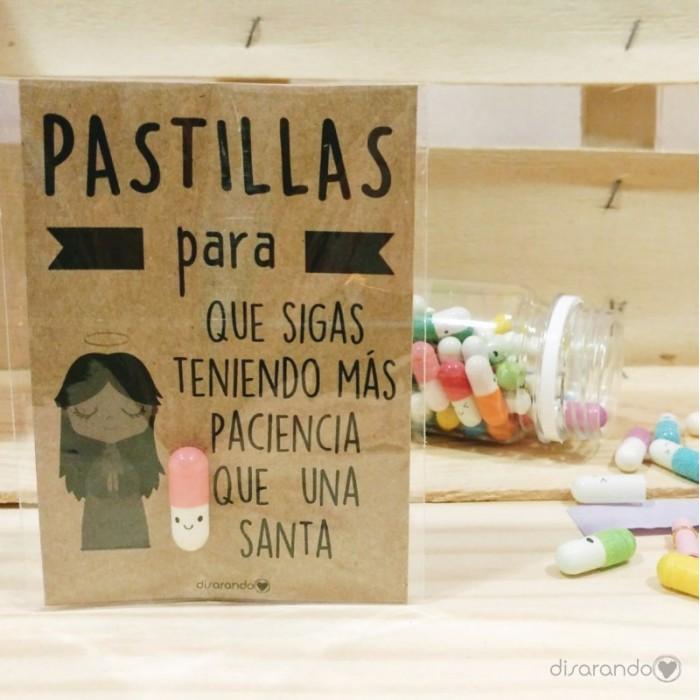 """Pastillas para """"que sigas teniendo más paciencia que una santa"""""""