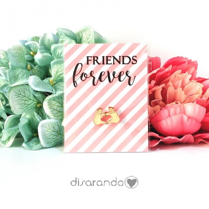 "Pin ""Friends Forever"""